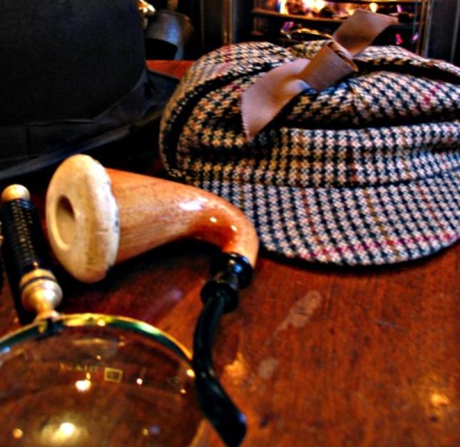 Sherlock_holmes_pipe_hat-1