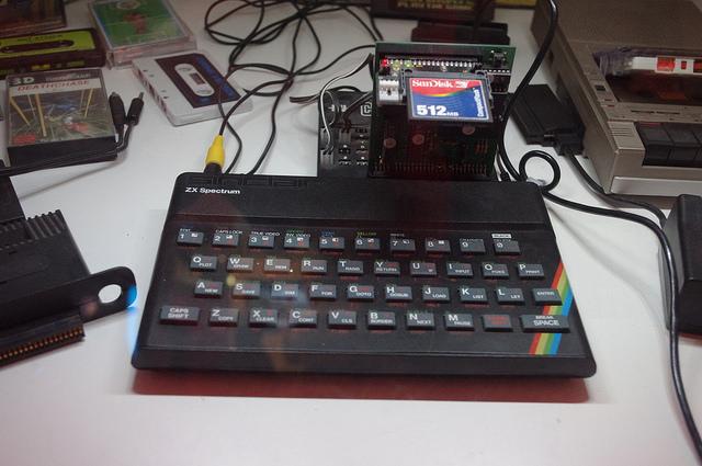 리눅스 방화벽을 남용하기: Spectrum 을 만들 수 있었던 해킹